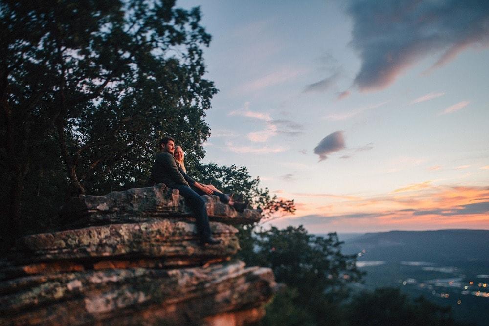 chattanooga sunset rock engagement photographers Lexington