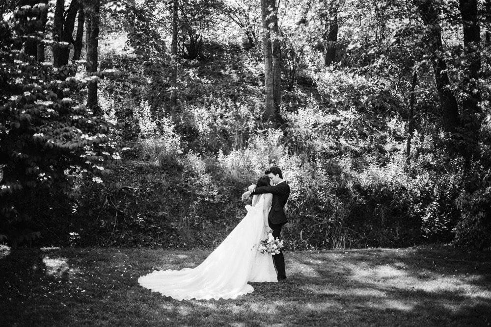 elegant winery wedding lexington photographers