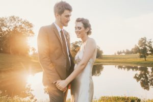 wedding couple golden hour warrenwood manor