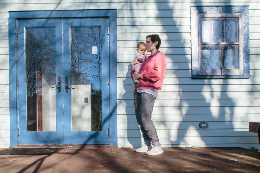lexington backyard portrait mother and baby