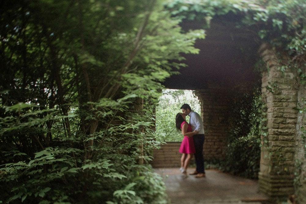 couple kissing historic home portsmouth ohio