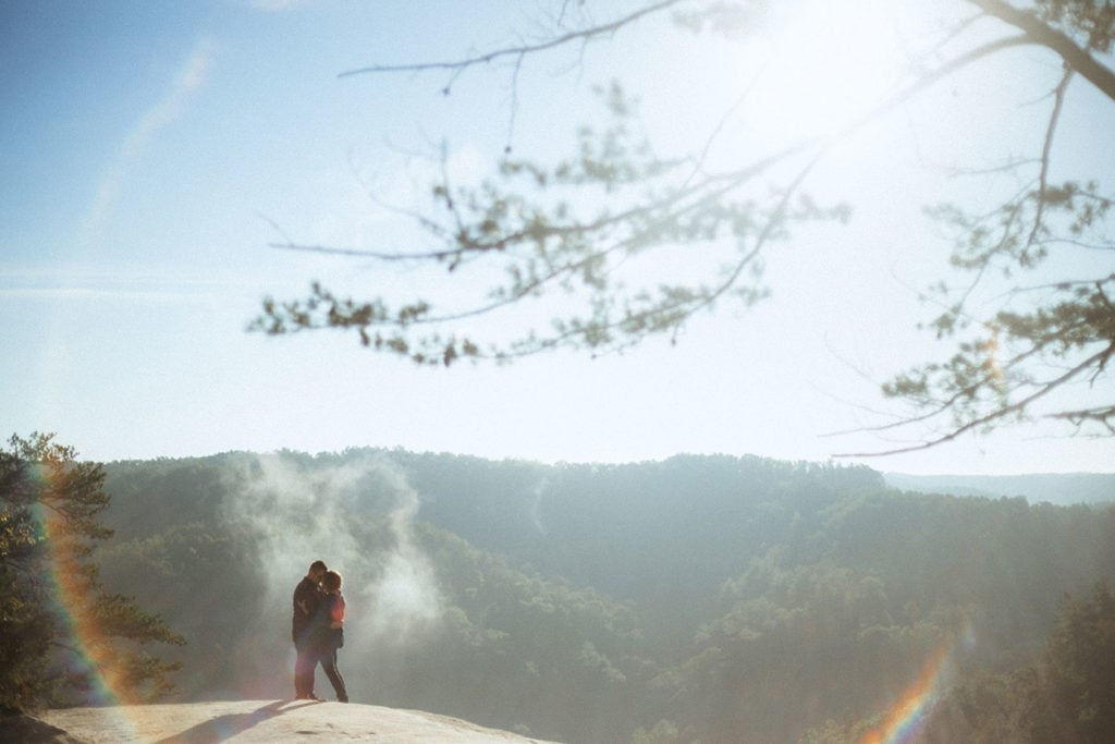 couple at lookout point at red river gorge