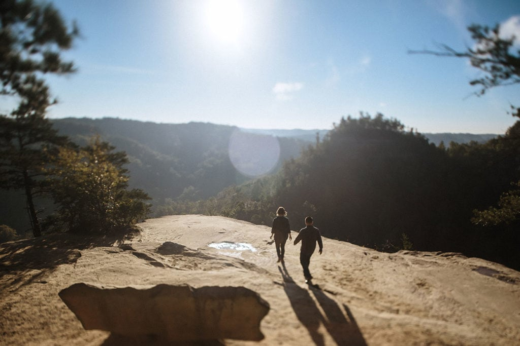 couple at red river gorge lookout point