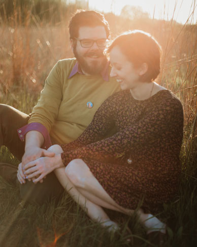 bernheim-forest-sunset-engagement-laughing-couple